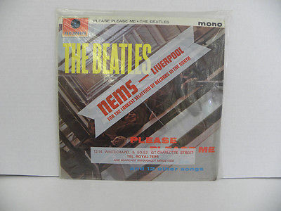 THE BEATLESPLEASE PLEASE ME Lp PARLOPHONE PMC 1202 BLACK  GOLD LABEL VFNM