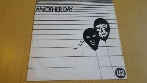 U2   Another Day   IRISH 1st PRESS CBS 7  with ORIGINAL PROMO POSTCARD UKTM