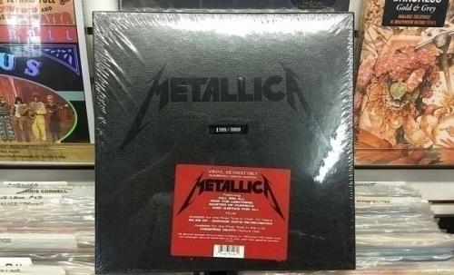 METALLICA    VINYL BOXED SET NUMBERED    10 LP SET   NEW SEALED   1388