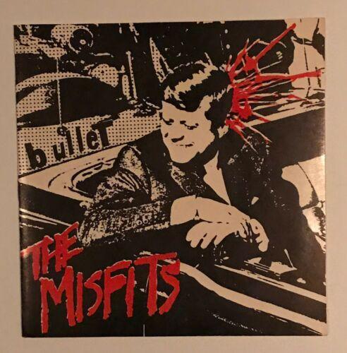 The Misfits   Bullet 7    Vinyl Original 1st Press Black Vinyl w  Insert Near Mint