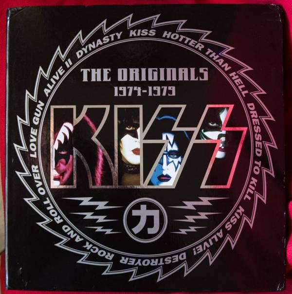 Kiss                 The Originals 1974   1979 RARE 11 x lp Coloured Vinyl BOX JAPAN