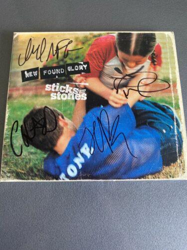 New Found Glory    Sticks   Stones    Original Digi Pack CD SIGNED
